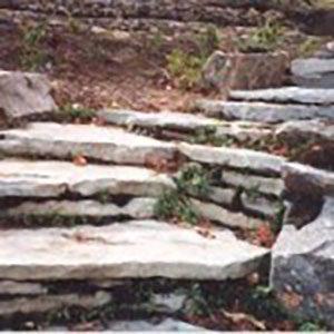 marche-en-pierre-naturelles
